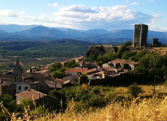 Gite la maison en bois, village de Mirabel